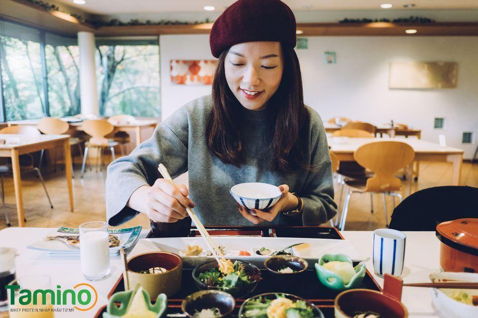 7 Cách làm sao để béo lên Nhanh Chóng, cho người gầy ăn mãi không béo 8