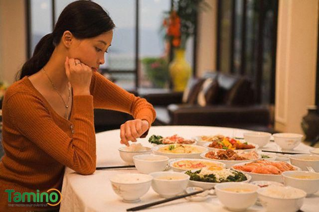 Ăn đúng giờ, không bỏ bữa