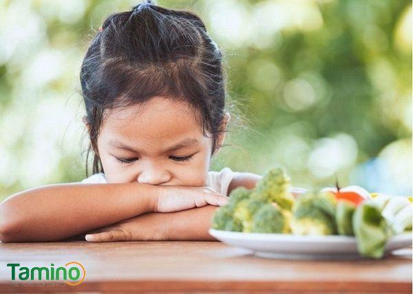 Trẻ biếng ăn chậm tăng cân phải làm sao?